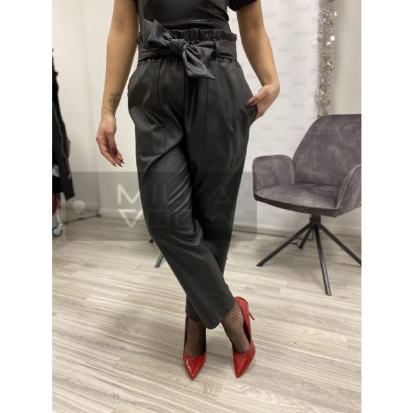Lumina Bőrhatású masnis nadrág-fekete