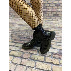 Magasszárú gyöngyös divat zokni-fekete