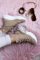 Susy magasszárú magas talpú cipő-bézs